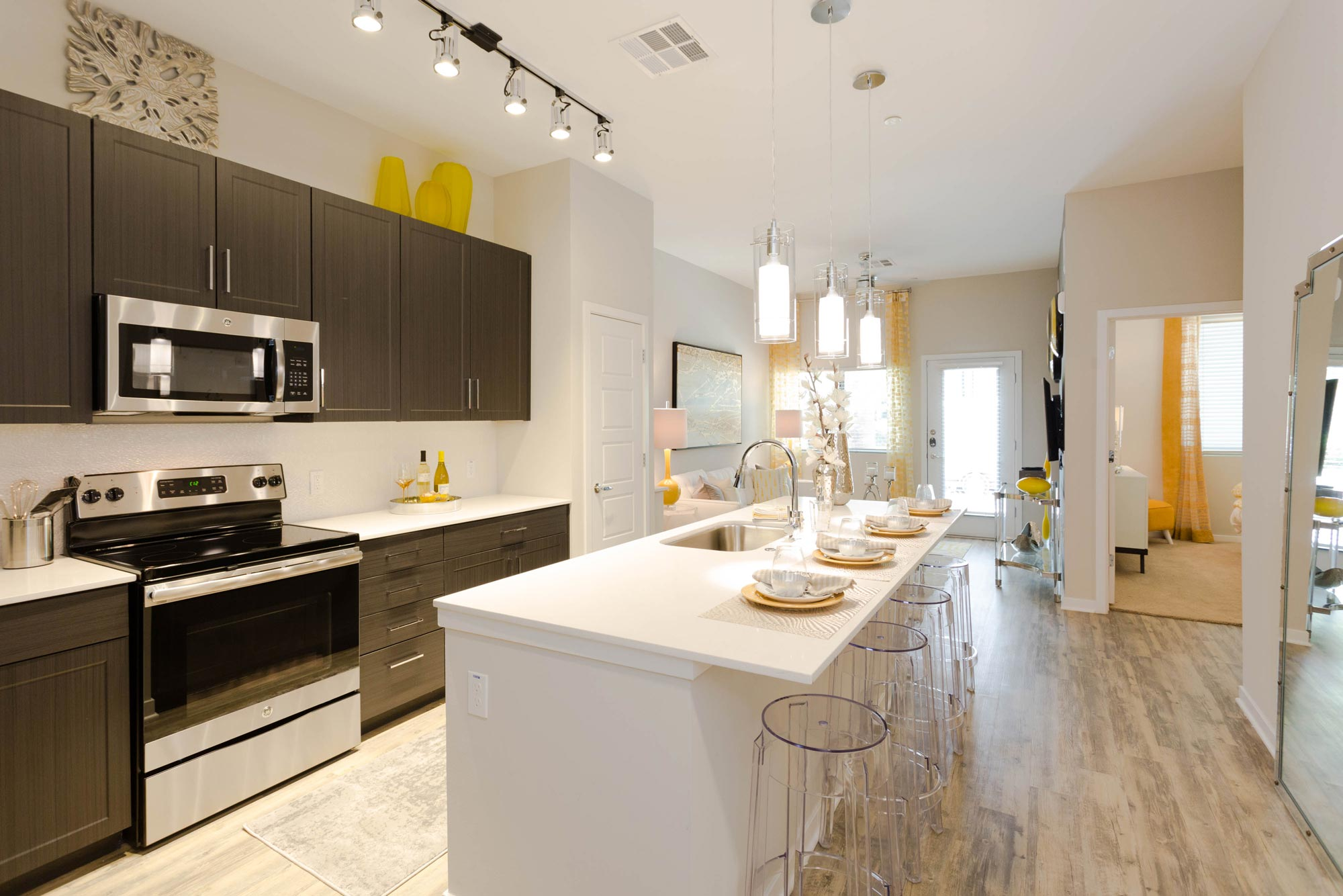 Unit Interior Kitchen & Living Room | Alta Midtown Phoenix Arizona Apartments